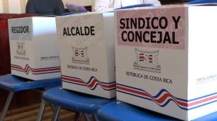 Tres millones de costarricenses eligen hoy Presidente y diputados