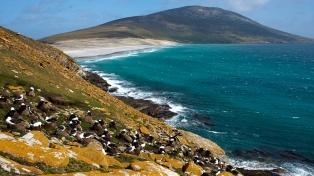 Impulsan una denuncia contra funcionarios de Cancillería por las políticas sobre Malvinas