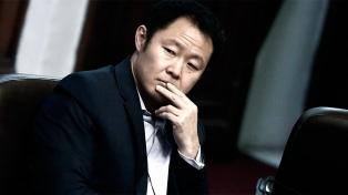 El hijo de Fujimori celebra volver al avión presidencial por invitación de Kuczynski