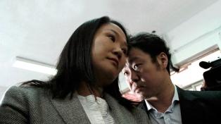 Kenji Fujimori, enfrentado con su hermana Keiko, la defendió ante la fiscalía