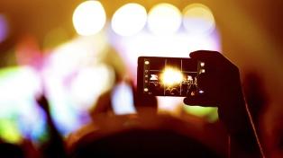 Más de 10 millones de personas transmitieron en vivo por Facebook su celebración del fin de año