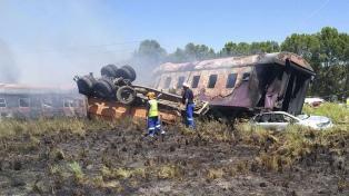 Al menos 18 muertos y más de 260 heridos al chocar un tren y un camión