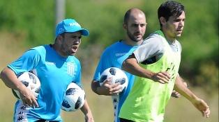 Coudet ordenó trabajos de fútbol libre de cara al debut ante Unión