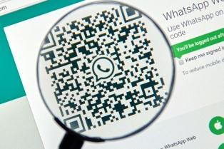 Una falla en WhatsApp deja la puerta abierta para espiar los chats grupales