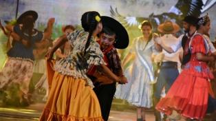 Corrientes homenajeó a Pocho Roch en la inauguración de la Fiesta del Chamamé