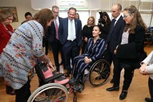 Michetti, de visita oficial a Israel, recorrió un hospital
