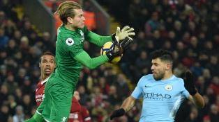 El lider Manchester City perdió el invicto ante Liverpool con la presencia de Sampaoli