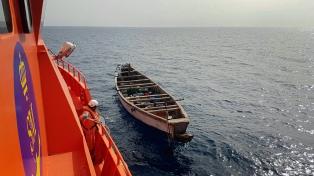 Una lancha con inmigrantes africanos encalló en Canarias: hay siete muertos