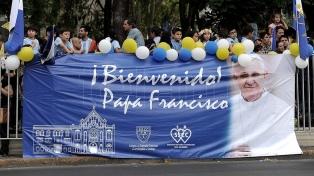 Francisco llegó a Chile y dio comienzo a su sexta gira latinoamericana