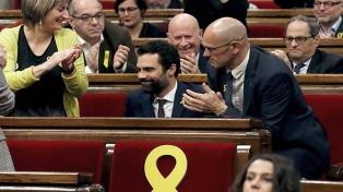 Los independentistas catalanes desafían a España y eligen a Puigdemont para presidir la región