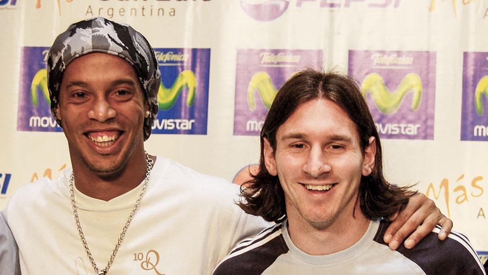 Ronaldinho y su magia le dicen adiós al futbol