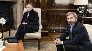 Tras hablar con Lacunza, Macri se reúne con funcionarios y aliados