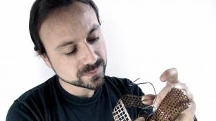 El ilustrador Pablo Bernasconi es finalista del premio Andersen, el Nobel de la literatura infantil