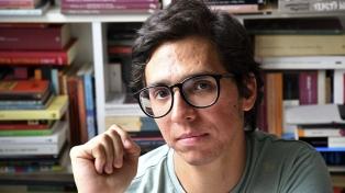 """Jorge Muñoz: """"La literatura no tiene por qué tener la misma dinámica de Facebook o Twitter"""""""