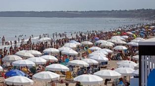 Unos 2,19 millones de turistas gastarán $5.900 millones el fin de semana largo