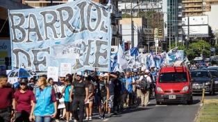 Barrios de Pie dejó un proyecto de emergencia alimentaria en el Congreso