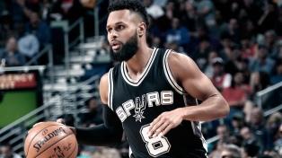 Sin Ginóbili y otras figuras, los Spurs vencieron a Memphis