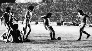 """Se cumplen 40 años de la """"mayor hazaña de la historia de Independiente"""""""