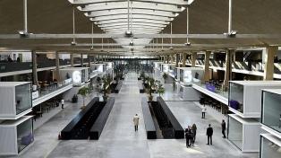 """Qué es y cómo funciona Station F, la meca de las """"startups"""" que visitó Macri"""