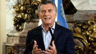 Macri anunció una reducción del 25 % de los cargos políticos y la exclusión de familiares del Gobierno
