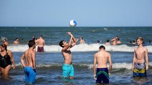 Más de 4 millones de personas veranearon en la provincia de Buenos Aires en enero