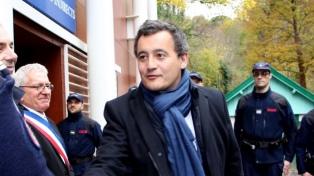 El ministro de Hacienda francés, acusado de abuso sexual, declaró ante la policía