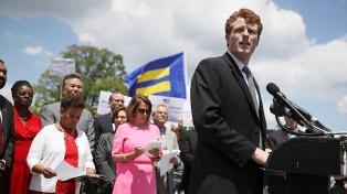 Un Kennedy joven y carismático, la apuesta demócrata para enfrentar a Trump