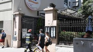 Un incendio afectó a un restaurante lindero al Museo Sarmiento