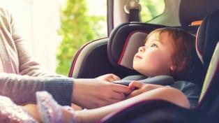 Alertan sobre que 7 de cada 10 chicos viajan desprotegidos en vehículos particulares
