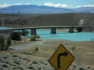 Ambientalistas insisten en revisar el impacto ambiental de las represas en el Río Santa Cruz