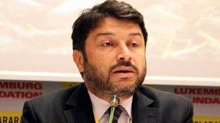 Prolongan la prisión preventiva del presidente local de Amnistía Internacional por golpismo