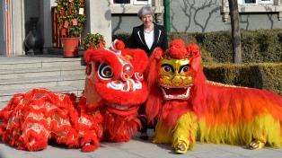 Sellan acuerdos con China en busca de un socio estratégico post Brexit