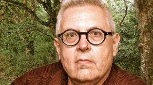 """Víctor Rodríguez Núñez: """"La poesía no es un género literario, es anterior a la literatura"""""""