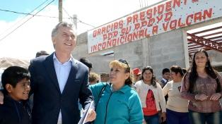"""Macri lanzó dos zonas francas en Jujuy y aseguró que la Argentina """"comienza a caminar"""""""