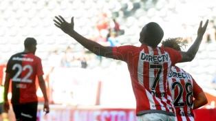 Estudiantes goleó a Newell's en La Plata