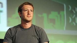 Senadores republicanos apuntan a Zuckerberg y piden que testifique