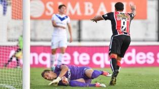 Chacarita le ganó a Vélez de local