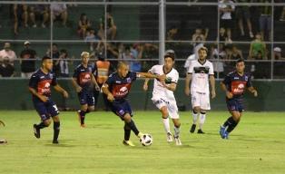 San Martín y Tigre igualaron sin goles