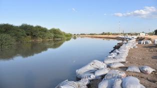 La crecida del río Pilcomayo comenzó a ceder aunque se ignora el estado de las viviendas