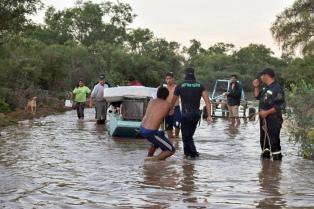 Coordinan la evacuación preventiva de familias de Iruya por la crecida de dos ríos