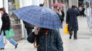El granizo y la lluvia en Buenos Aires anticipan la llegada de bajas temperaturas