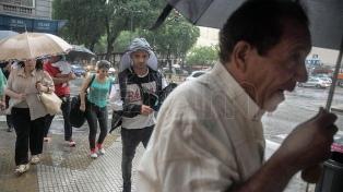 Se esperan más lluvias aisladas este domingo
