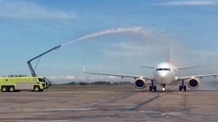 Flybondi inaugura los vuelos internacionales en el aeropuerto de El Palomar
