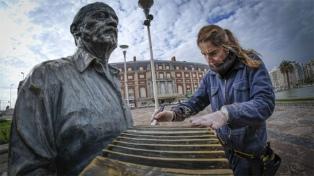 Costanza Adiecchi, la restauradora que rescata esculturas del óxido y el abandono