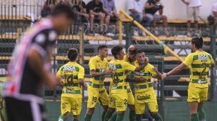 Defensa y Justicia fue contundente para golear a Chacarita