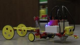 Un equipo de la UNSJ creó un kit de robótica para las escuelas