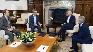 Macri recibió un compromiso de inversiones de Telecom por US$ 5.000 millones