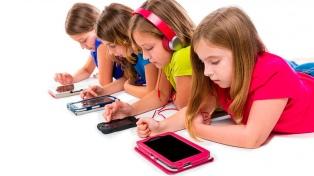 Messenger Kids reabrió el debate sobre los riesgos de la tecnología digital para los chicos