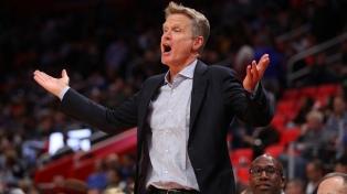El técnico campeón de la NBA cargó en contra de Donald Trump