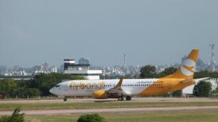 Flybondi recibió su segundo avión Boeing 737-800